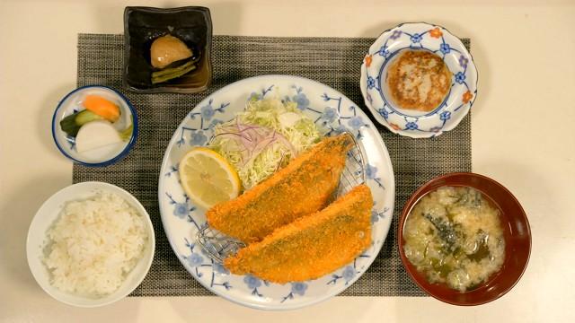 「漁師めし はまべ」のアジフライ定食